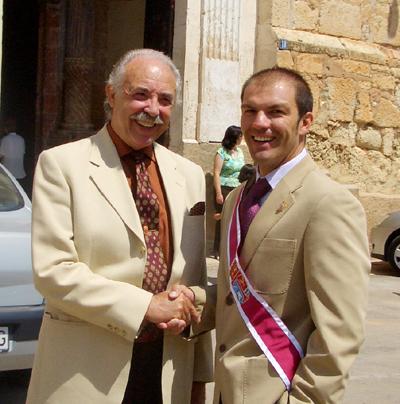 Francisco Ponce, escritor, con Manuel Garcia Sanahuja, concejal de cultura de Alfambra