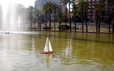 Navegando en el estanque