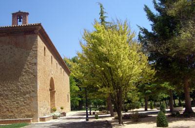 Vista lateral de la Ermita Virgen del Molino