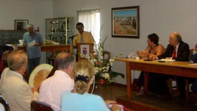 Primer premio de poesía a Zeus Martínez
