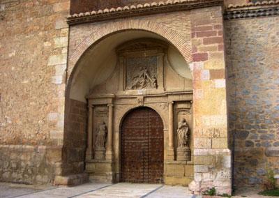 Portal de la Iglesia de la Inmaculada en Santa Eulalia del campo
