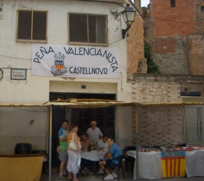 Pancarta de la Peña valencianista de Castellnovo