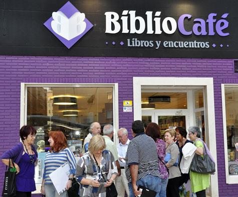 Entrada BiblioCafé en Valencia