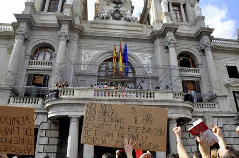 Manifestación balcón Ayuntamiento