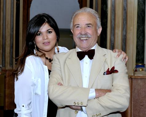 Silvia Alejandra Vargas (Cantante) - Francisco Ponce (Escritor)