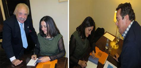 Pilar Blanco firma su libro a Francisco Ponce y Blas Muñoz