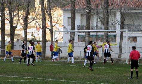 Jugada presión Castellnovo
