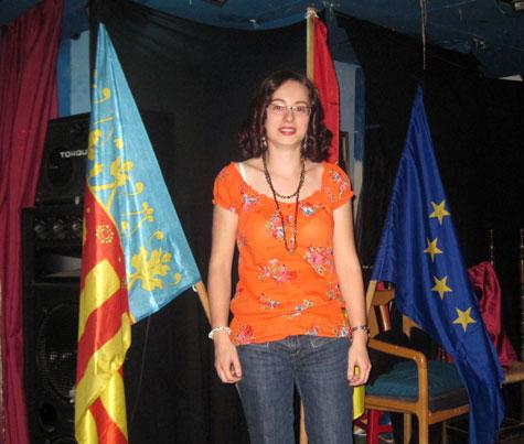 Adelaida González recibe los aplausos del público