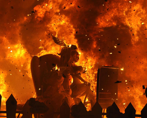 Fuego en Valencia Fallas del 2012