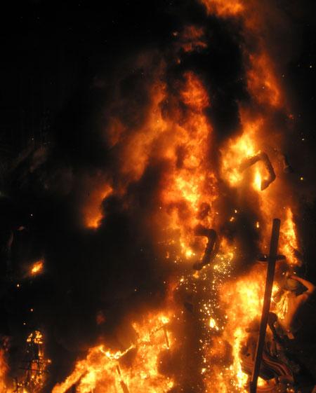 (Fuego total)