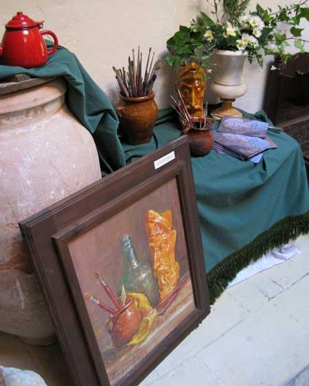 Objetos y materiales de pintura de Paquita Sabrafén