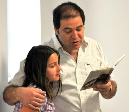 (Francisco Romero y su hija)