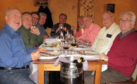 Grupo de amigos comida de Navidad 2009