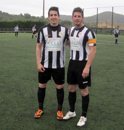 (Hermanos José y Victor primer partidos juntos en el mismo equipo)