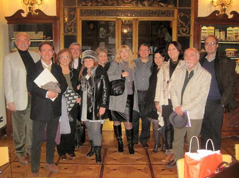 Grupo de escritores y poetas