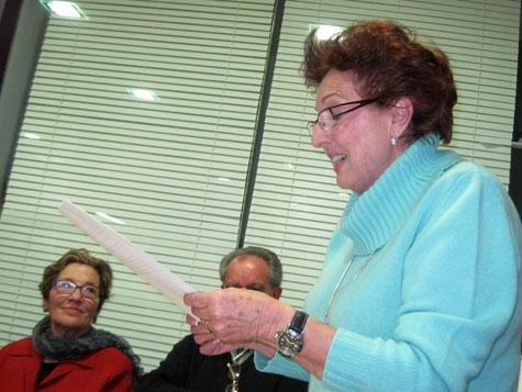Lola Cañada, nuestra laureada compañera de Poesía