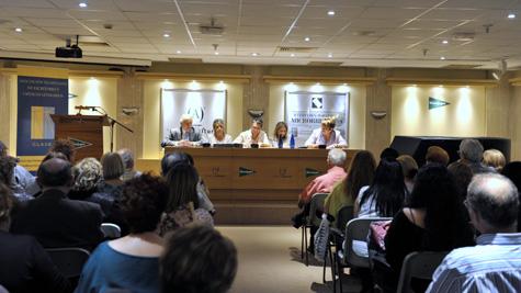 Mesa y público