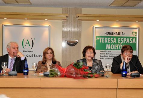 Pedro José Moreno - Rosa María Rodríguez - Teresa Espasa - Concha Prieto