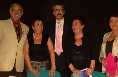 Francisco Ponce-Marisa Aguilar-José María Ángel-Pepa Aguilar-Laura Victoria