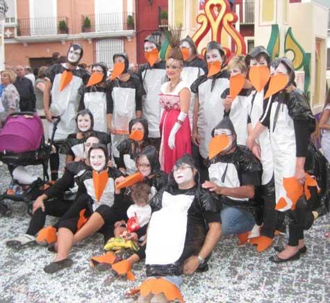 Pingüinos con clavaria
