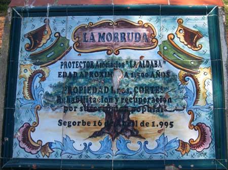 """Placa  sobre """"La Morruda"""""""