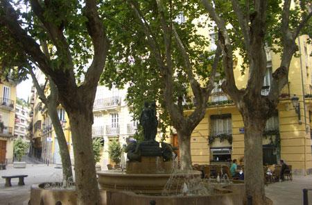 Plaza Rodrigo Botet en Valencia