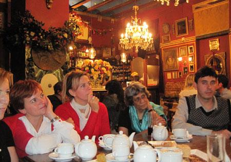 Poetas en el Café de las Horas