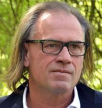 Juan Ballester -Escritor
