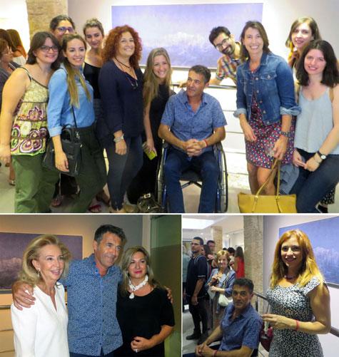 José Saborit recibiendo el afecto y admiración del público y alumnas.