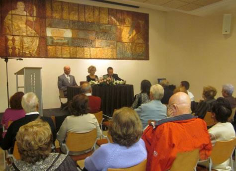 Presentación poemario de Carmen Carrasco en Melilla