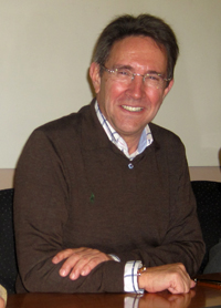 """III Premio de Poesía """"Universidad de León"""" para Ricardo Bellveser"""
