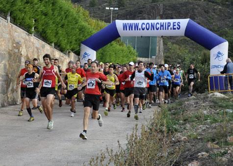 Salida IV Carrera/ Marcha Montaña de Castellnovo 2011