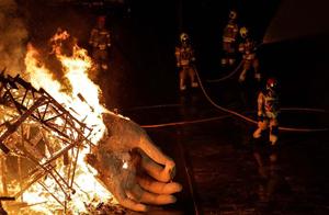 bomberos crema ayuntamiento