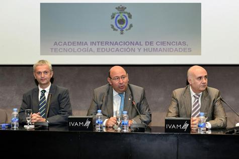 José Hoyo apertura el evento